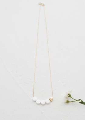 ceramic short necklace + 1 gold heart